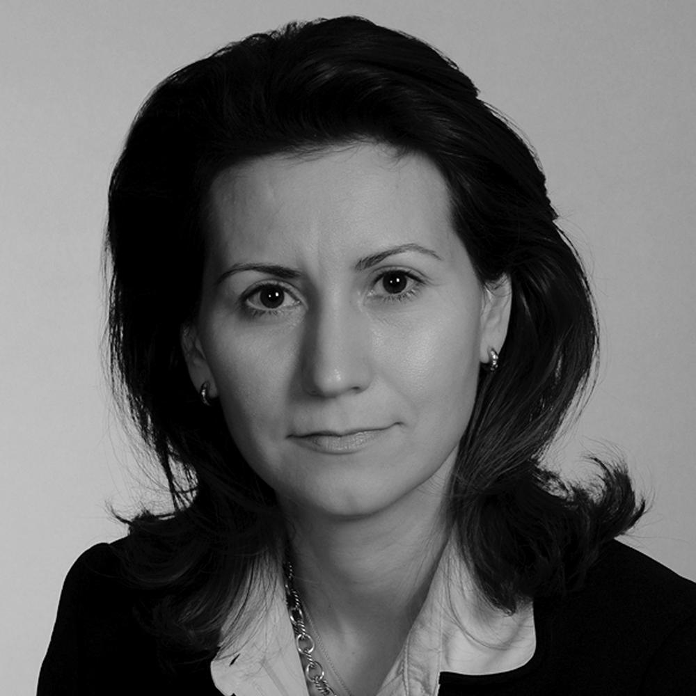 Black and white photo of Ana-Luiza Georgescu